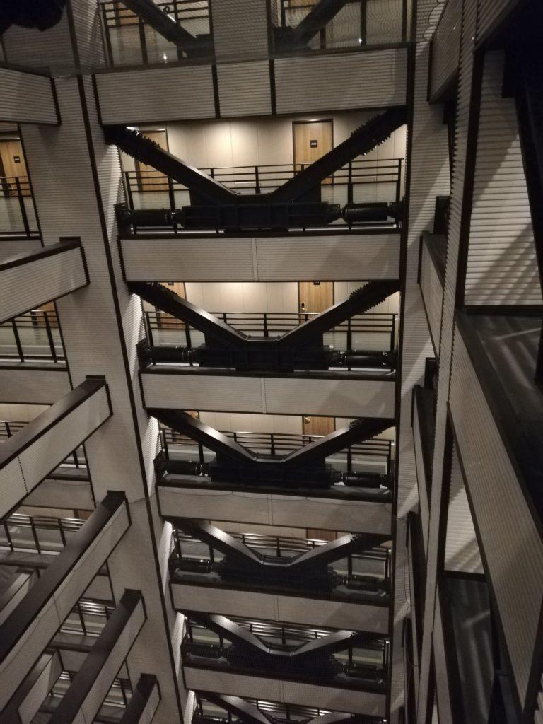 駅 本町 タワー 御堂筋 アパホテル